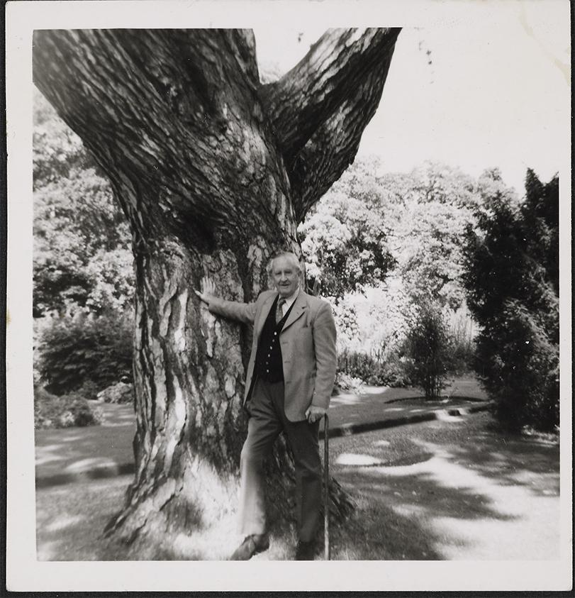 Tolkien+portrait+Botanic+Garden+-+high+res